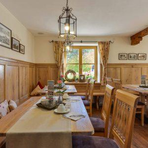 Hotel Pension Cafe Schweizerhaus Weyarn - Schweizerstube