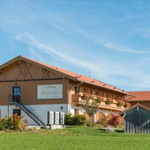 Hotel Pension Cafe Schweizerhaus Weyarn - Haus