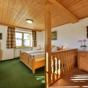 Hotel Pension Schweizerhaus Weyarn - Familienzimmer 10 Doppelzimmer
