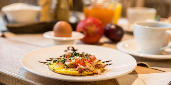 Hotel Pension Schweizerhaus Weyarn - Frühstück Omelett