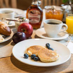 Hotel Pension Schweizerhaus Weyarn - Frühstück Pfannkuchen