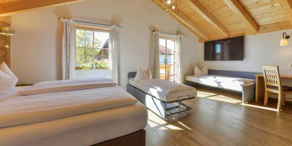 Hotel Pension Schweizerhaus Weyarn - Vierbettzimmer